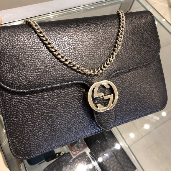 4878e63171e9 GUCCI INTERLOCKING GG CROSSBODY SHOULDER HANDBAG